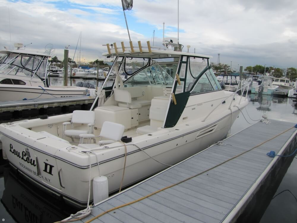 Pursuit 3000 Express 2001 Pursuit 3000 Express for sale in Brooklyn, NY