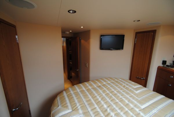 Bow Stateroom looking aft