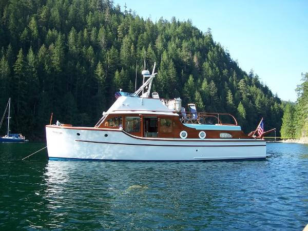 Monk Bridge Deck Cruiser/Trawler Profile