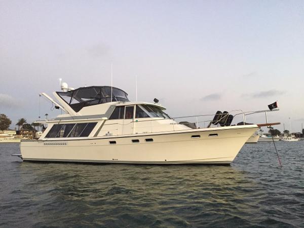 Bayliner 45 Profile, Arch Faces Aft