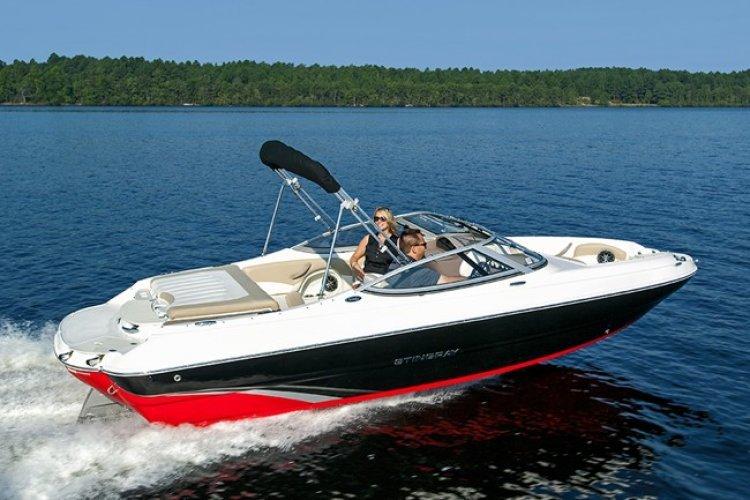 Stingray 198 LX Bowrider
