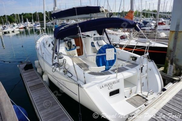 Beneteau Oceanis Clipper 323  Beneteau Oceanis 323 Clipper