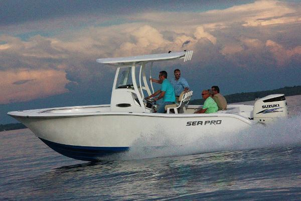 Sea-pro 239 Center Console Manufacturer Provided Image