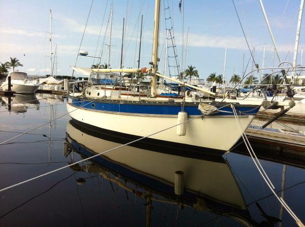 Cascade Yachts Inc Sloop