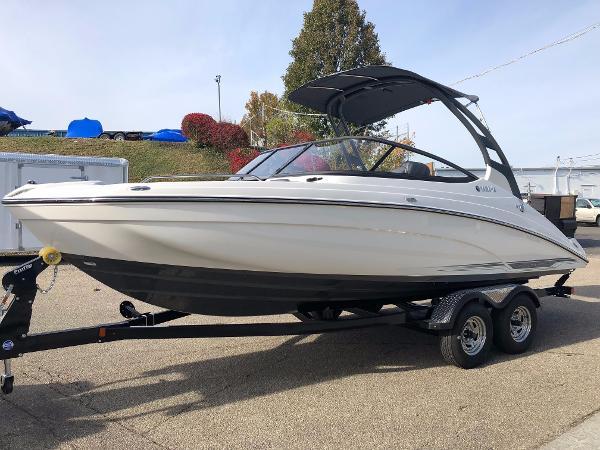 Yamaha Sport Boat 212 LTDS