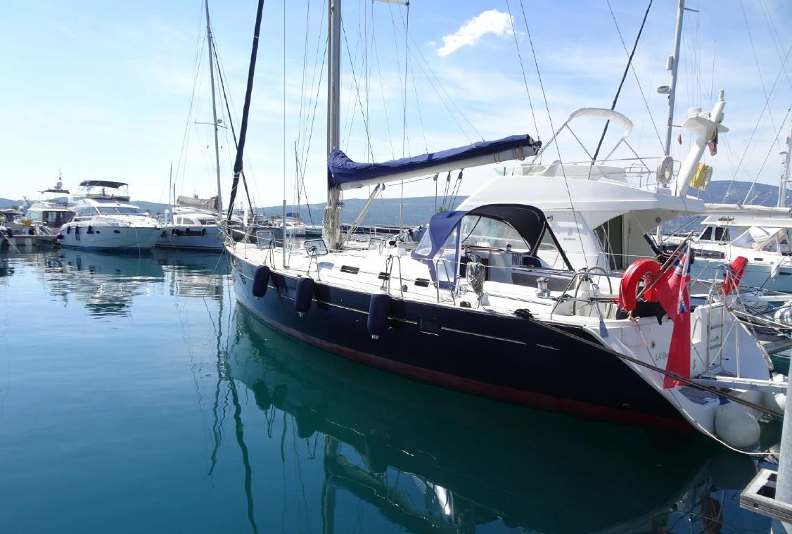 Beneteau Oceanis 473 Default