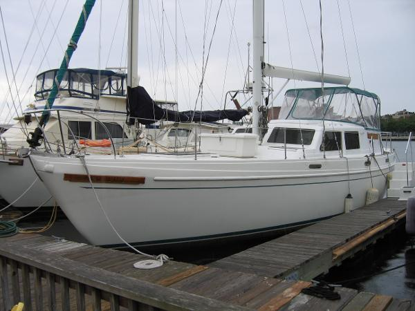 Columbia 45 New Life II Port