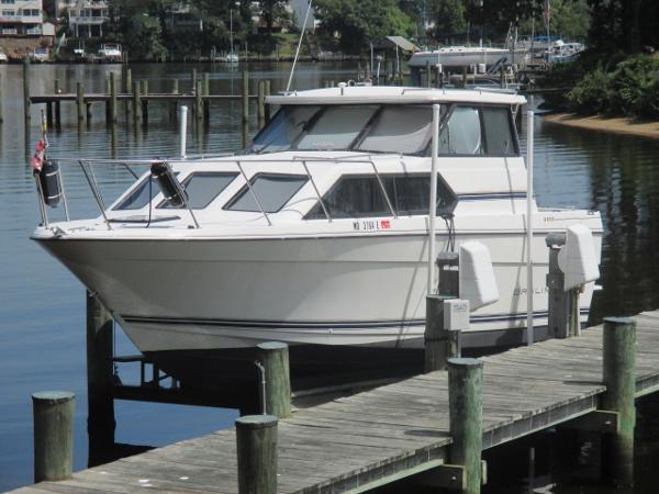 Bayliner 2859 Ciera Classic Port Bow