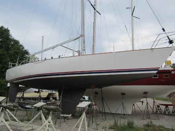 Nelson Marek 45R Starboard side