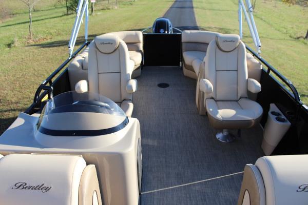 Bentley Elite admiral 223