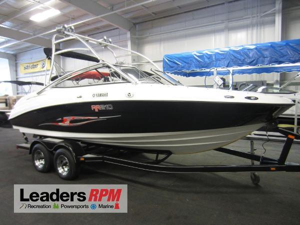 Yamaha Boats 210 AR