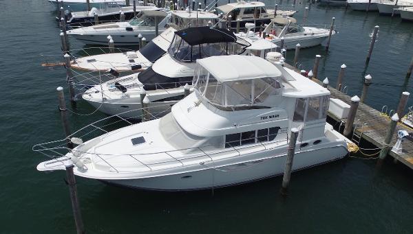 Silverton 44 Cockpit Motor Yacht