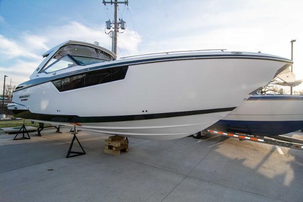 Monterey 378SE