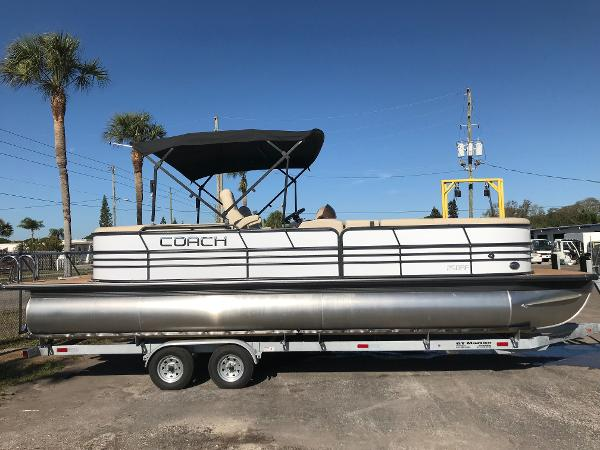 Coach Pontoons 250 RE