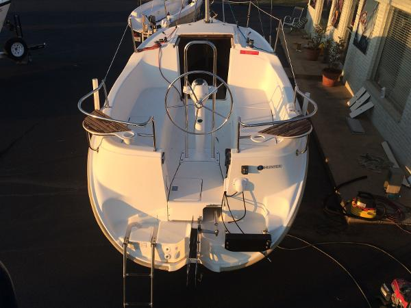 Hunter 25 Aft View from Above