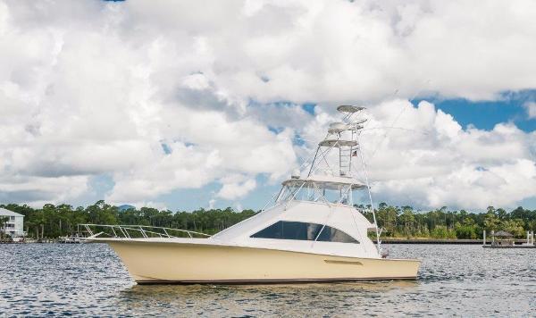 Ocean Yachts 56 Super Sport Port Profile