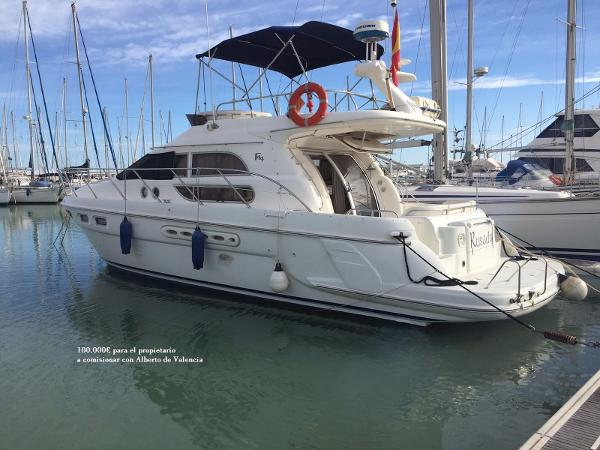Sealine F44 Flybridge Sealine F 44