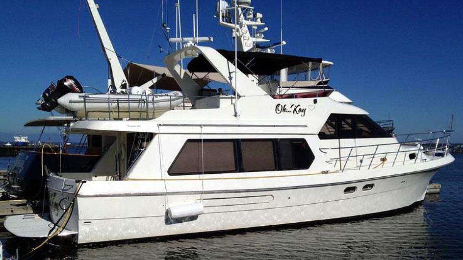 Hampton Pilothouse Motor Yacht Starboard Profile