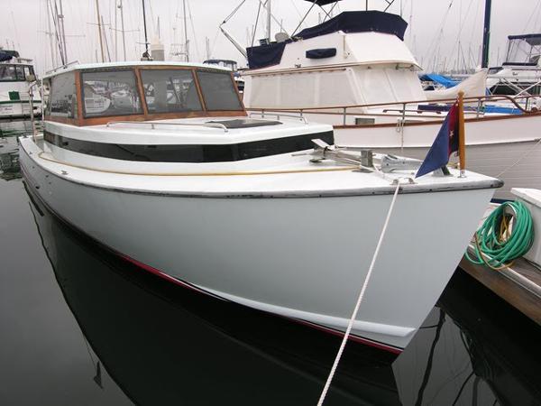 Oyster Bay Lobster Boat