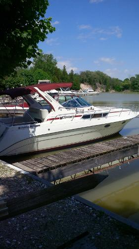 Cruisers Yachts Esprit 3170