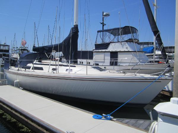 Catalina 36 Starboard Side
