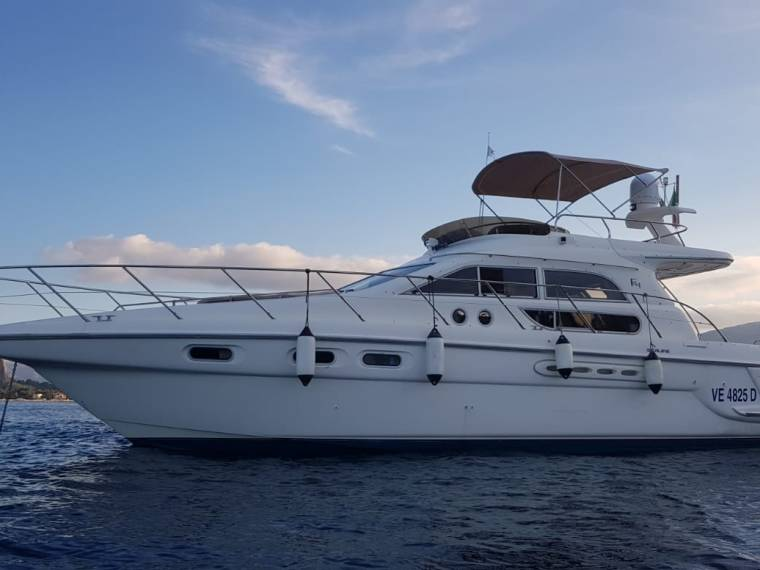 Sealine Sealine F  44 Flybridge