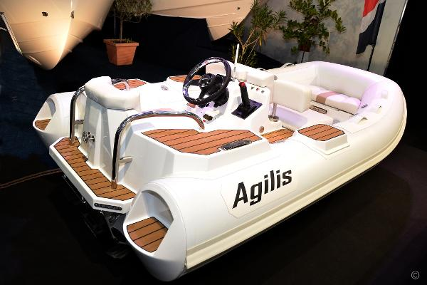 Agilis 305 90Hp Jet Tender