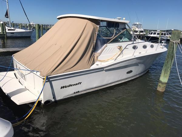 Wellcraft 330 Coastal