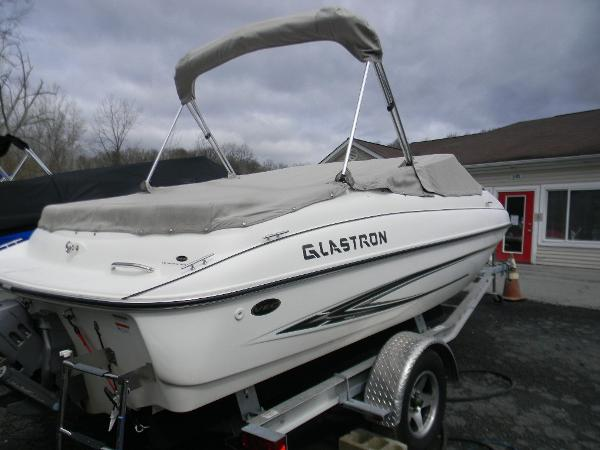 Glastron GT 185