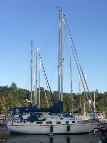 Alberg 29 Sloop At her Dock