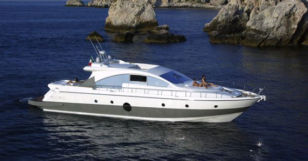 Aicon Yachts 72 Photo 1