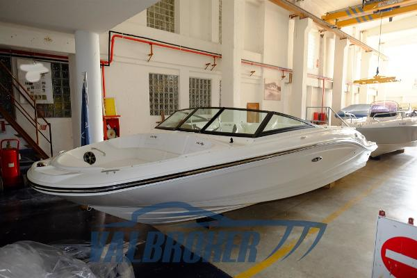 Sea Ray 21 SPX Sea Ray 210 SPXE Valbroker (24) (Copy)