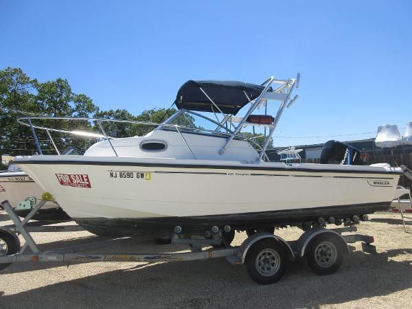 Boston Whaler 205 Eastport