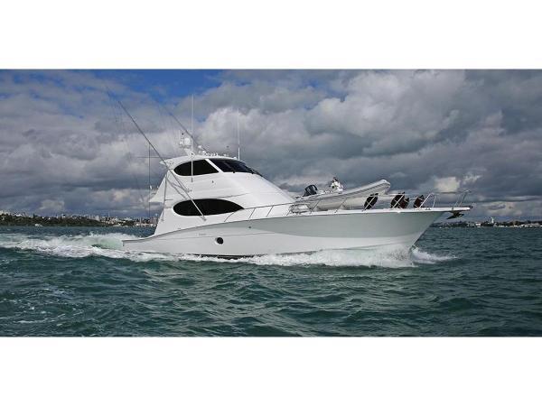 Hatteras 64 Enclosed Bridge Sportfish