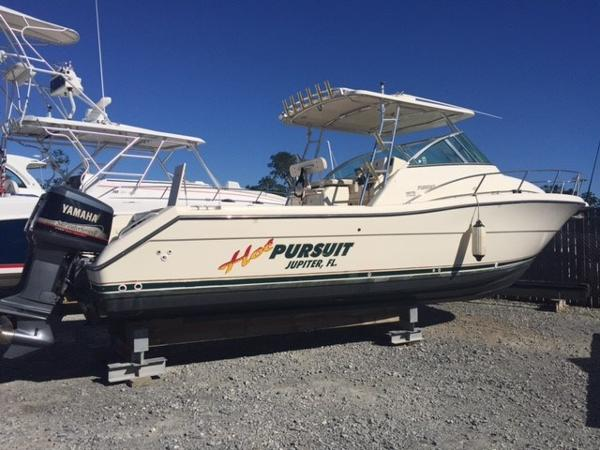 Pursuit 3070 Offshore
