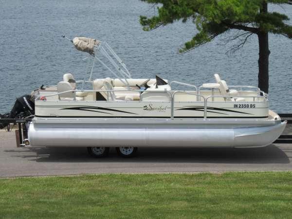 South Bay 220F