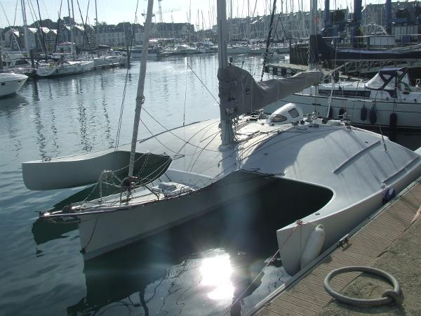 NAHAN BOSTON USA TRIMARAN DICK NEWICK 40'