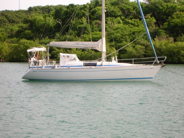 Nautor's Swan 36 Hull S side at mooring