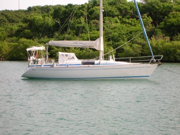 Nautor's Swan 36 Hull S side at mooring