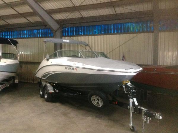 Yamaha Boats 212SS