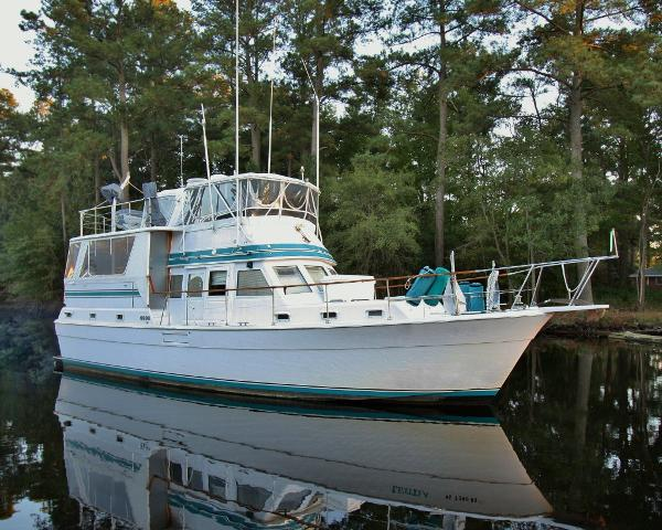 """Gulfstar """"44"""" Motor Cruiser"""