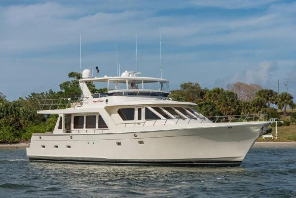 Offshore 66' Pilothouse Starboard Bow Profile