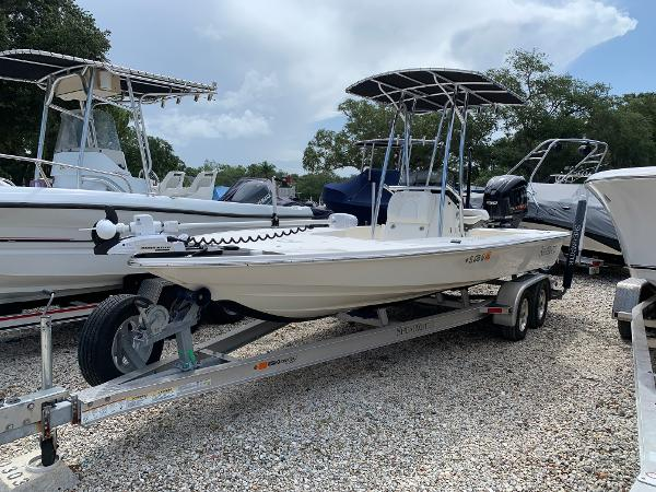 ShearWater x22 Port Bow