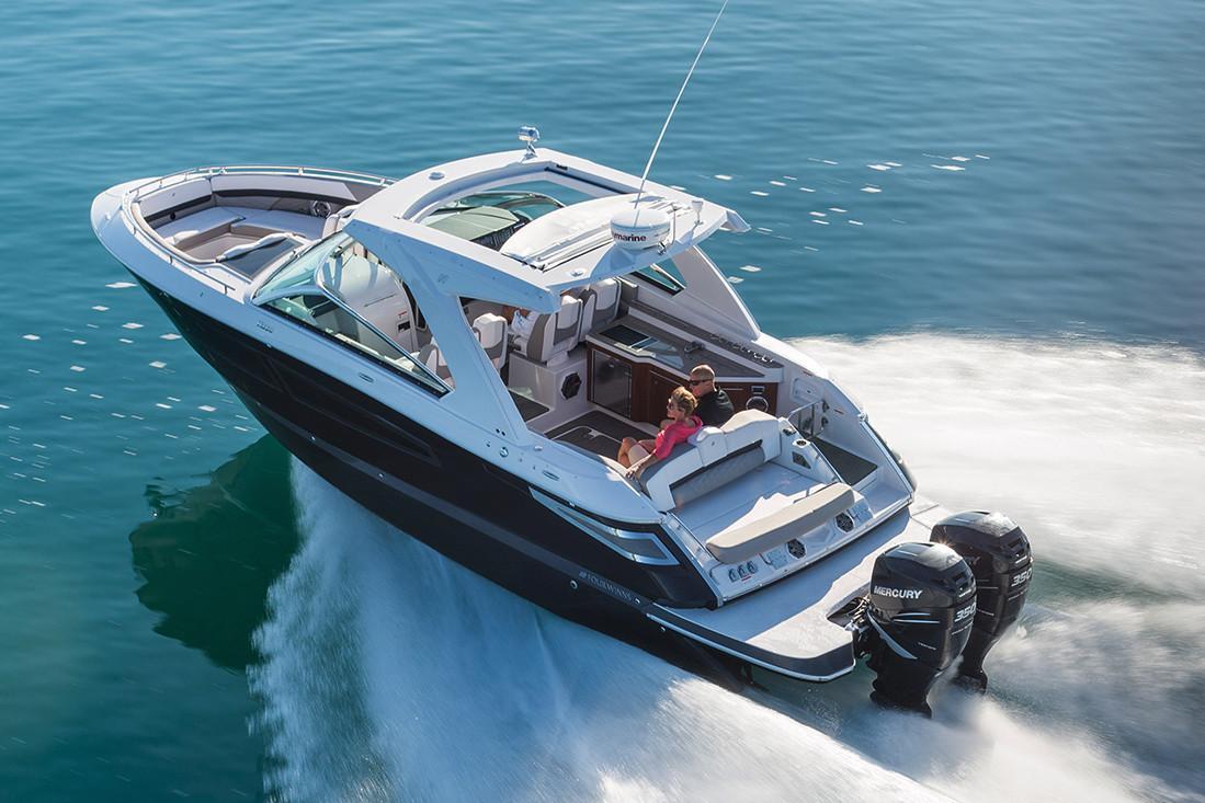 Four Winns Boat image