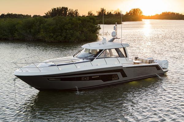 Ocean Alexander 45 Divergence Coupe Manufacturer Provided Image