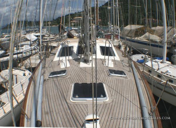 Oyster 46 Deck looking aft