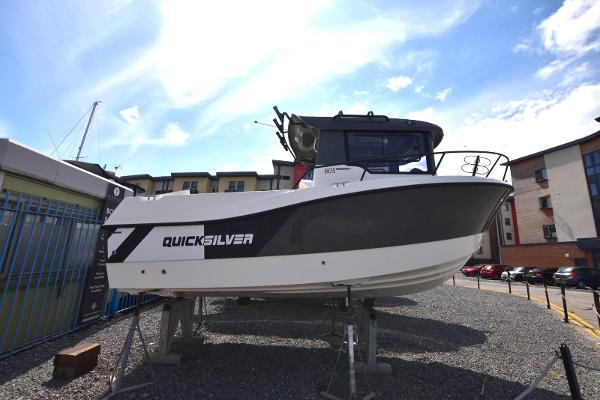 Quicksilver 605 Pilothouse Explorer