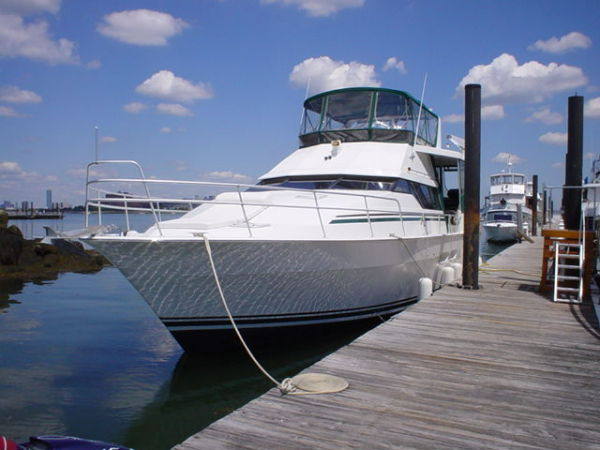 Mainship Motor Yacht Photo 1