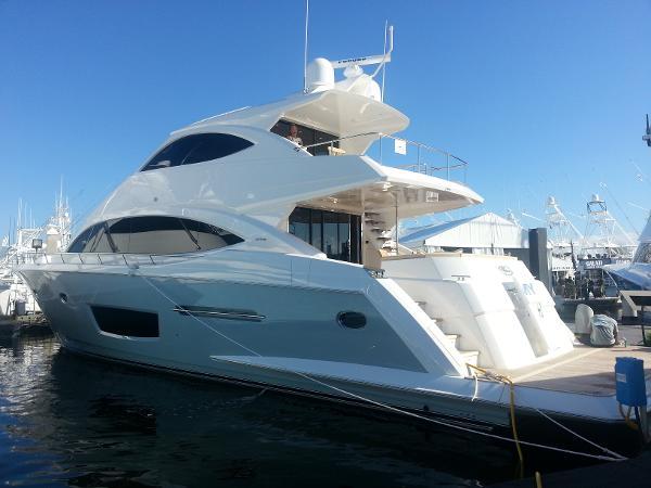 Viking Yachts 75 Motor Yacht Profile