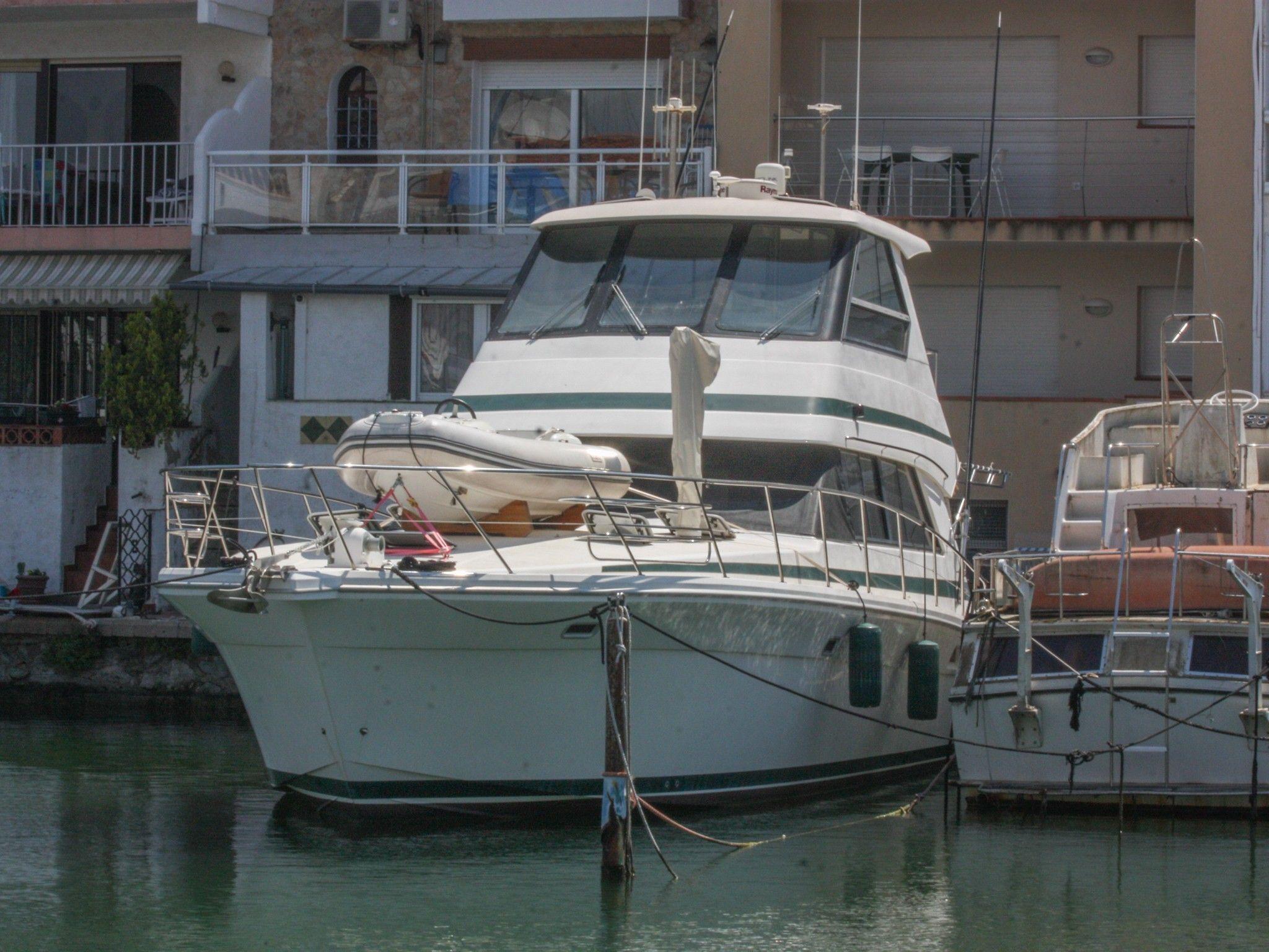 Riviera 48